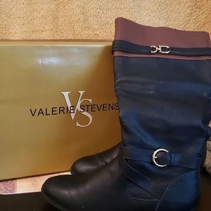 Valerie Stevens boots